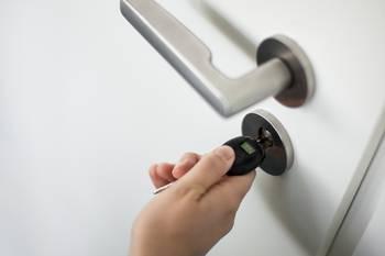 Schlüssel in einem Türschloss