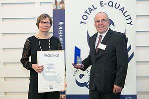 Prädikatsverleihung Total E-Quality Dr. Sünne Andresen und Matthias Zietz