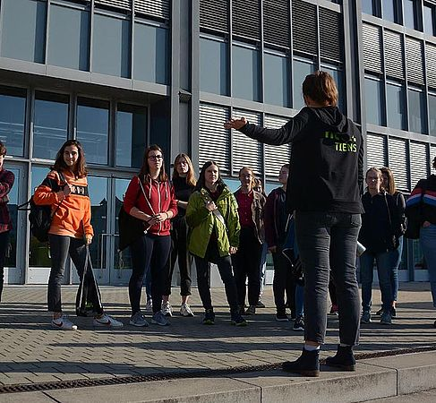 Campusführung durch die HTW-TIENS © HTW Berlin/Sabine Bretz