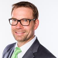 Portrait von Prof. Dr.-Ing. Thomas Hücker