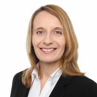 Portrait von Prof. Dr. Christina Erlwein-Sayer