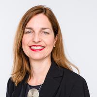 Portrait von Prof. Monika Fuchs