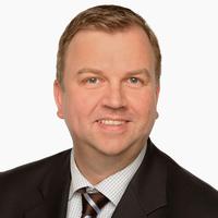 Portrait von Prof. Dr. Holger Lütters