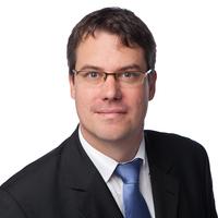 Portrait von Prof. Dr. Steffen Kolb