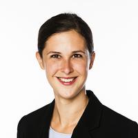 Portrait von Dr. Annette Hoxtell