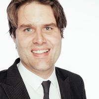 Portrait von Prof. Dr. Patrick Ostendorf