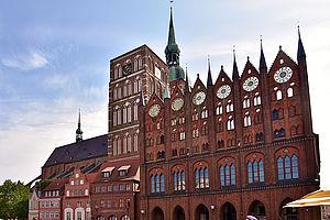 Rathaus Stralsund, Von Bahnfrend - Eigenes Werk, CC BY-SA 4.0
