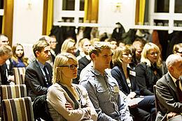 Zuhörer im Saal während der Stipendienfeier 2012