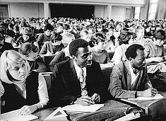 Studierende im Audimax, Foto von 1970 © Bundesarchiv/Peter Heinz Junge