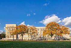 Hauptgebäude vom Römerweg aus © HTW Berlin/Alexander Rentsch