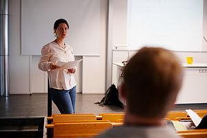 Junge Professorin an der HTW Berlin