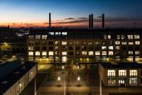 Blick auf Gebäude C bei Sonnenuntergang © HTW Berlin/Nina Zimmermann