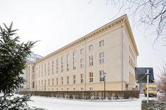Gebäude D auf dem Campus Treskowallee