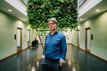 Prof. Sebastian Feucht