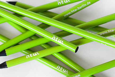 Bleistift im HTW-Look © HTW Berlin Dennis Meier-Schindler
