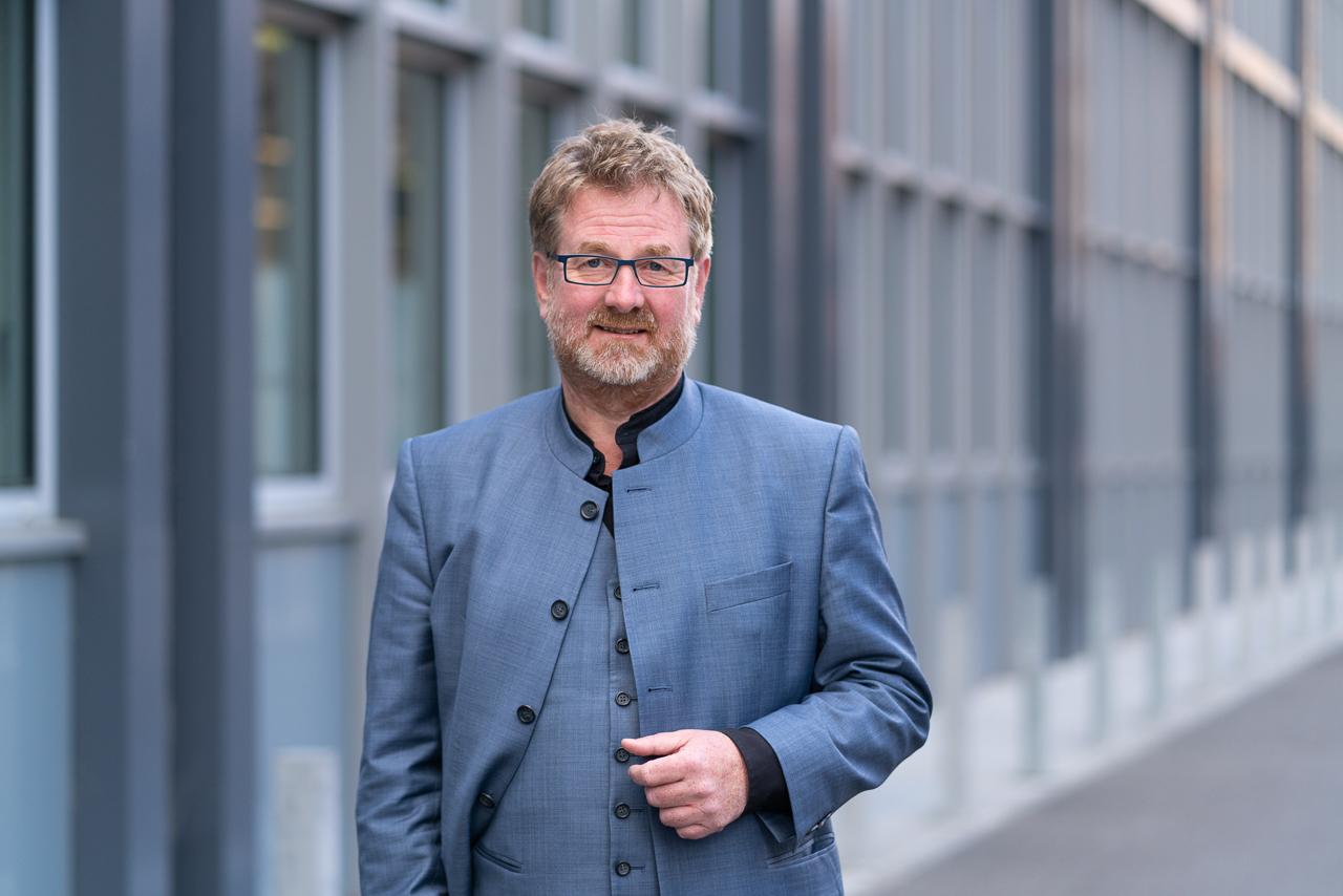 Carsten Busch auf dem Campus Wilhelminenhof