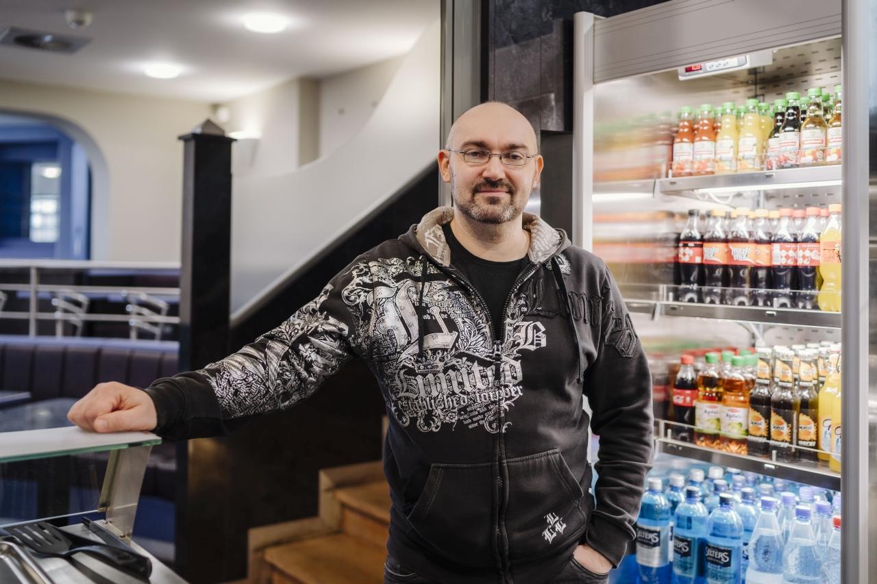 Anatol Pruss in der Cafeteria